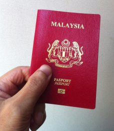 Malaysia Passport,ID CARD AND DRIVING LICENCE